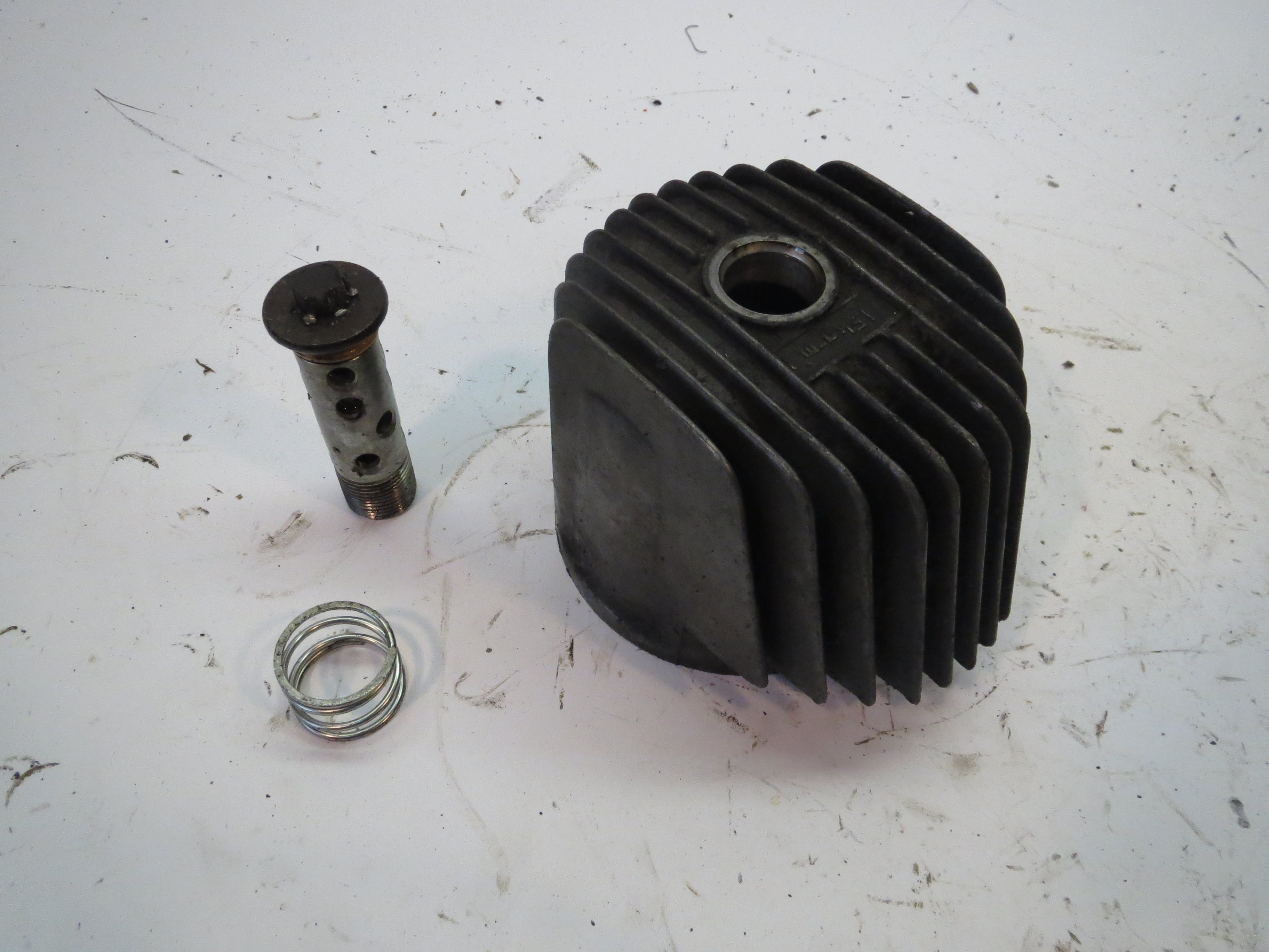 Yamaha XJ550 Oil Filter Cover 81 - 83